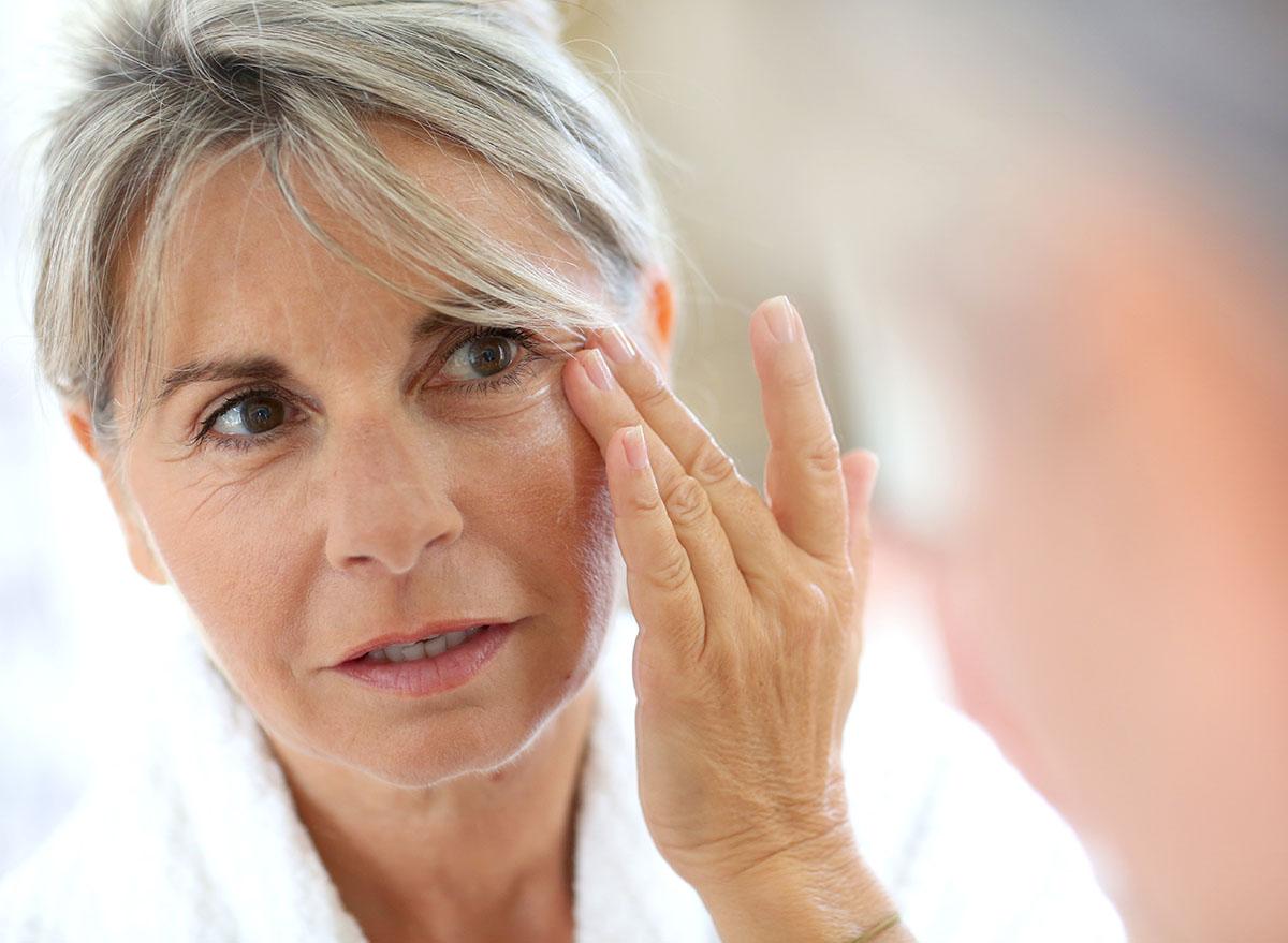 نقش قند در بروز پیری و چروک های پوستی
